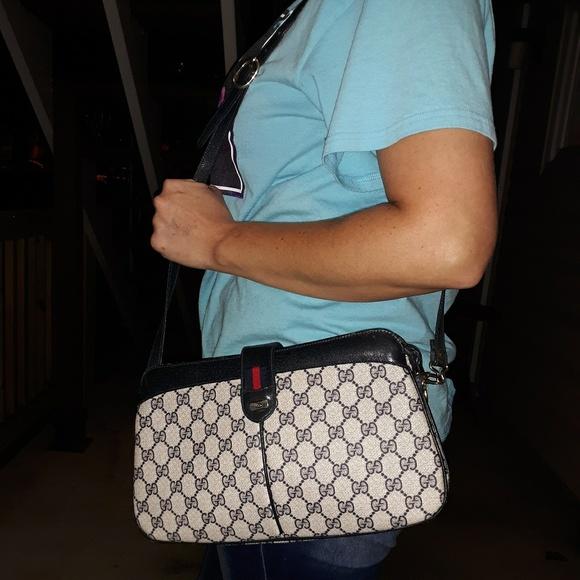 Gucci Handbags - Vintage gucci royal shoulder bag